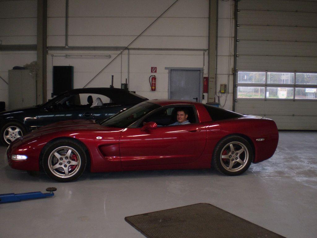 Chevrolet_Corvette_1_12