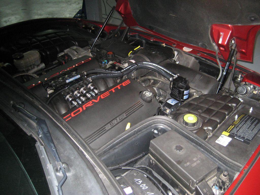 Chevrolet_Corvette_1_18