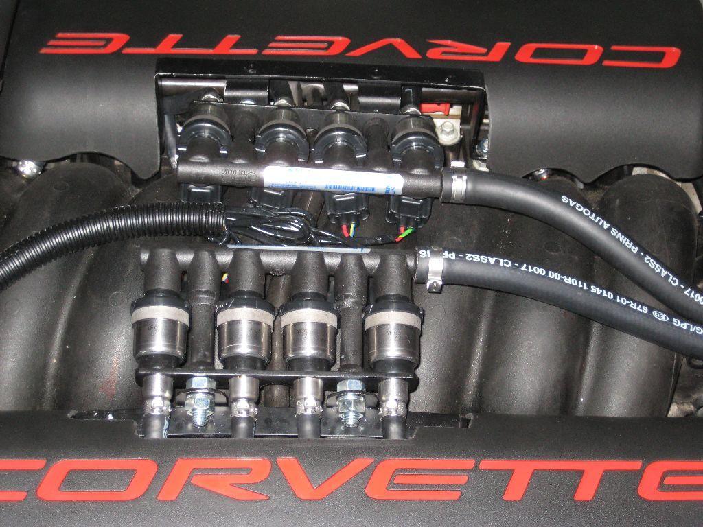Chevrolet_Corvette_1_24